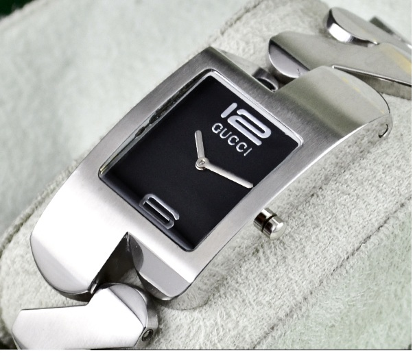 dc0d57f5ed0 Gucci Zig Zag Men Watch Price In Pakistan For Men With Free Delivery ...