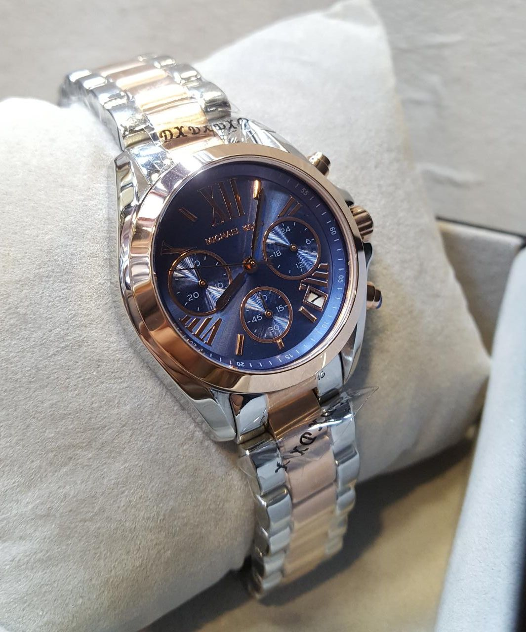 Michael Kors Chronograph Blue Dial Rose Gold Silver Men S Watch