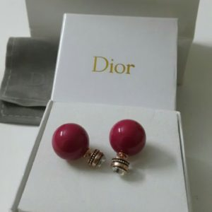 Dior Red Ball Round Shaped Earrings Set Price In Pakistan