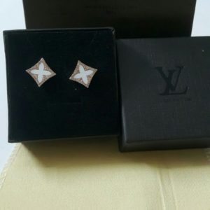 Louis Vuitton White Flower In A Box Earrings Set Price In Pakistan
