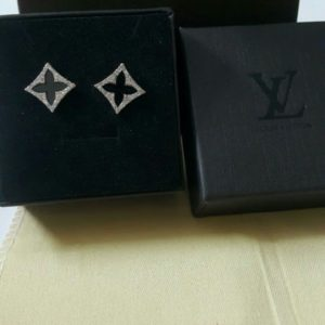Louis Vuitton Black Flower In A Box Earrings Set Price In Pakistan