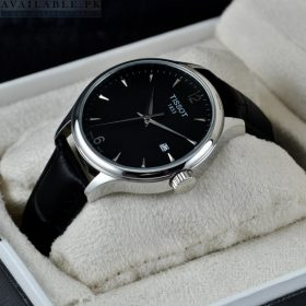 TISSOT SIMPLICITY Time And Date Watch