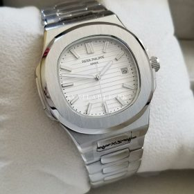 Patek Philippe Nautilus White Dial Automatic Mens WatchPatek Philippe Nautilus White Dial Automatic Mens Watch