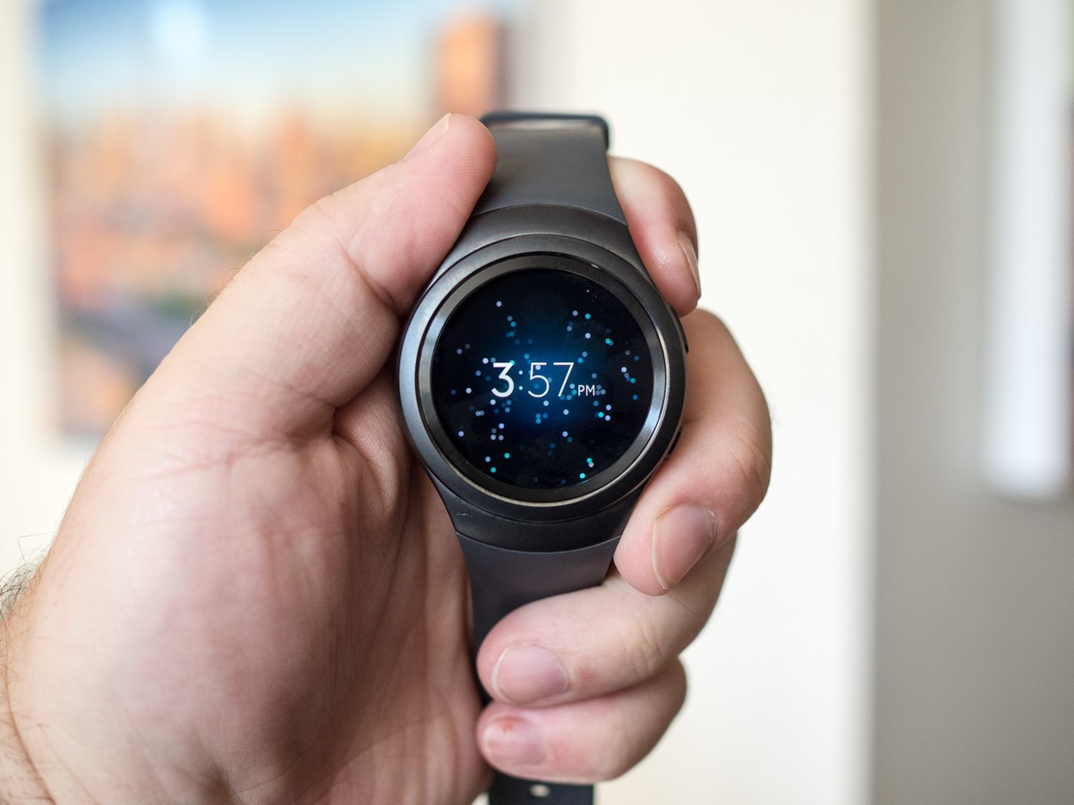 Now You May Get The Samsung Galaxy Gear S2 Smart Watch For $105