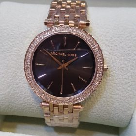 Michael Kors Golden Body With Black Dial Watch For Women Price In Pakistan